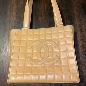 Authentic ❤️Chanel Leather Tote Bag